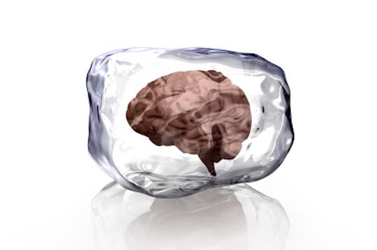 """Wie entsteht der Kältekopfschmerz """"Gehirnfrost"""""""
