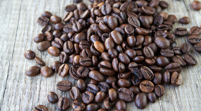Wie wird Kaffee entkoffeiniert?